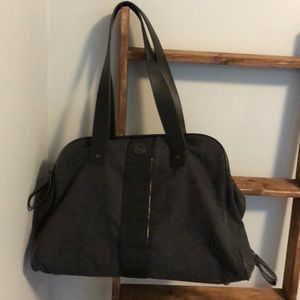"Lululemon ""two times a yogi"" gray wool yoga/tote"